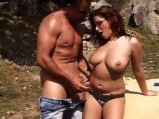Hooter nation extra big natural boobs 6
