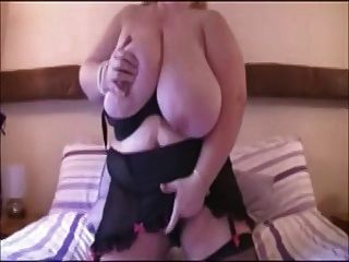 Bbw With Big Tits Masturbating