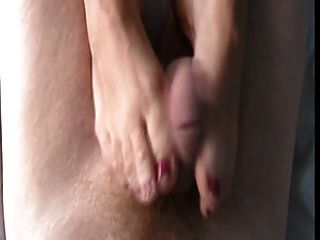 Feet Stroke To Huge Cumshot!!!