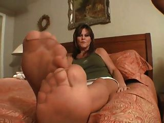 Tanned Nylons 3