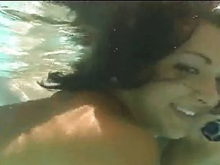 Hot Groupsex In A Swimmingpool