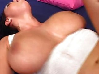 The Best Bouncing Boobs