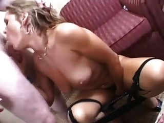 Blonde Milf Kelly Leigh Gives Awesome Blowjob