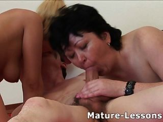 Fat Mature Enjoys A Threesome And Gets Covered With Spunk