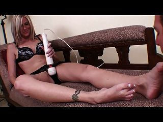 Foot Fetich Hitachi Wand Orgasm