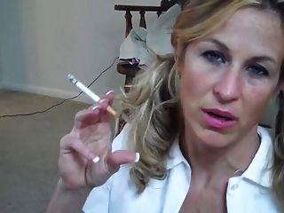 Gianna Smoking Joi