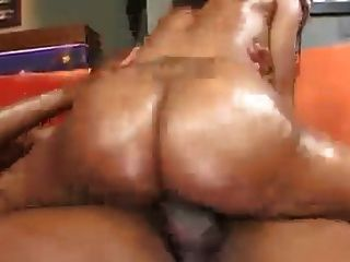 Ebony Pussy Grind...how To Ride 101