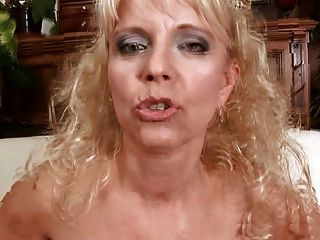 Czech mature merilyn dp gangbang