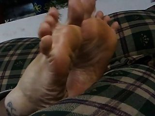 Bbw Feet - Cute Stoned Girl