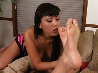 Asian Feet Loving Lesbians