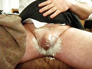 Naughty Schoolgirl Shaves Clitty For Daddy