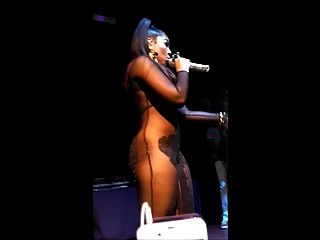 Ashanti Showing Cameltoe