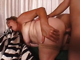 Granny Can Not Stop Cumming