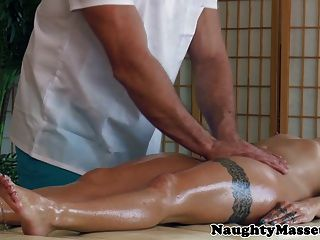 Cameron Canada Ass Fingered At Massage