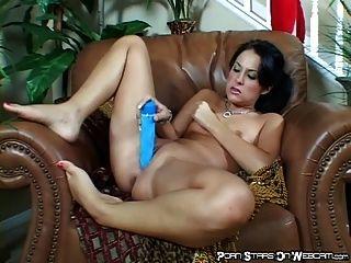 Lustful Hot Chick Masturbating