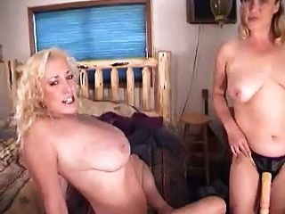 The Hottest Amateur Cougar-mature-milf #11 (threesome)