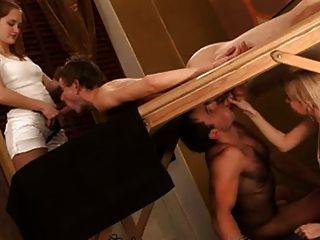 видео. бисексуалы, переодевание фото 7