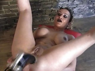 Extreme Machine Anal Gape Huge Dildo