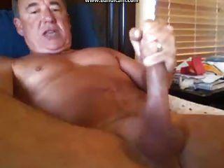 Cum gushing pussies