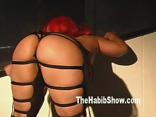 Pornstar Pinky At The Hood Strip