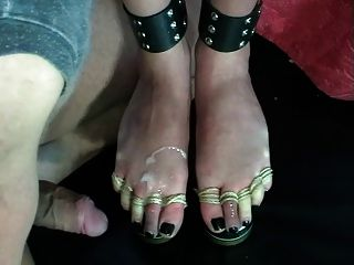 Foot Torture Beer - Footjob