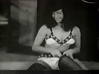 nackt Page Betty Betty Taube