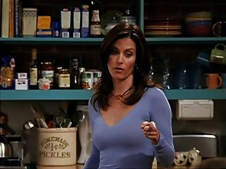 Courtney Cox Pokies