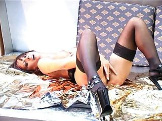 British Slut Freya Plays With Herself And Then Goes Lesbian