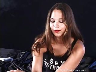 Laura Lee - Smoking Fetish At Dragginladies
