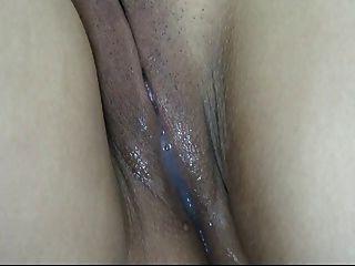 Creampie Tizha Hermosa Vulva Con Semen