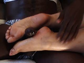 Cumming On Latina Feet