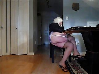 Crossdress Faggot Upskirt Stockings 3