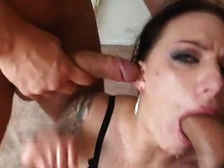 Lovely Juelz In A Hot Blowbang Scene Dtd