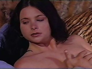 Jessica Fiorentino In La Stagione Dei Sensi Scena