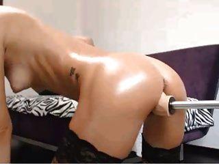 Hot Blonde Using Sex Machine 2