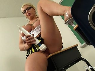 Teacher Lexi Gets Off With A Hitachi In Her Classroom