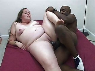 Black Dude Gets Hot Pregnant White Pussy