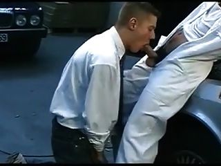 Boss And Horny Arab Hunk In The Garage