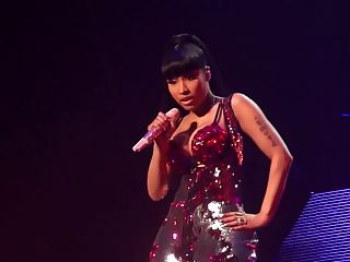 Nicki Minaj - Palais 12 Brussles Performance