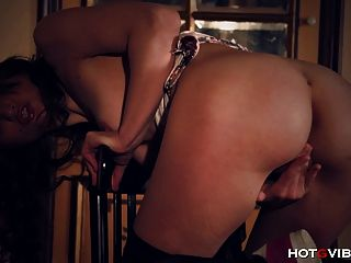 She Shows Him Squirting