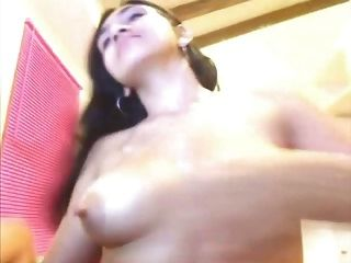 Webcam Latina Long Nipples