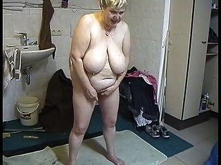 Bbw Blonde Granny Masturbating.