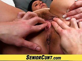 Amateur Housewife Danica Weird Pussy Fingering