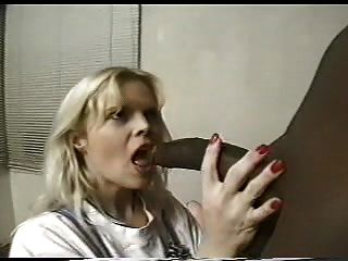 Leslie From Texas Sucks A Black Cock
