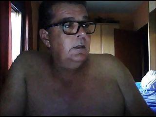 Spanish Oldman Wanking