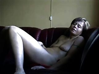 Horny Wife Toys Her Pussy To Orgasm !