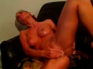 Amazing Webcam Babe Masturbates
