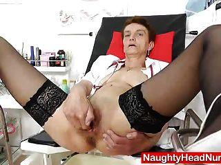 Nasty Head Nurse Rozi Fingers Her Amazing Hole