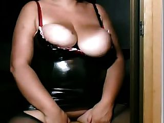 Bbw Shows Her Oussy