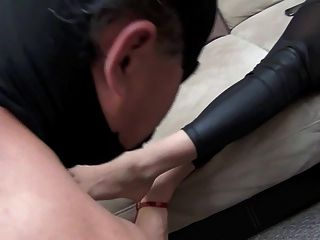 Jennifer Goddess Cleaning Feet By Slave